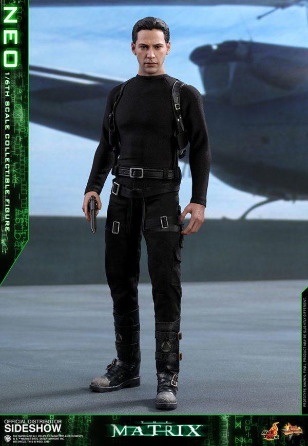 Neo-The-Matrix-figure-7-600x867