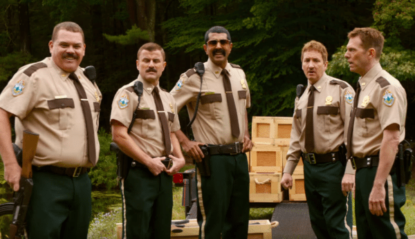 Super-Troopers-2-red-band-trailer-600x346