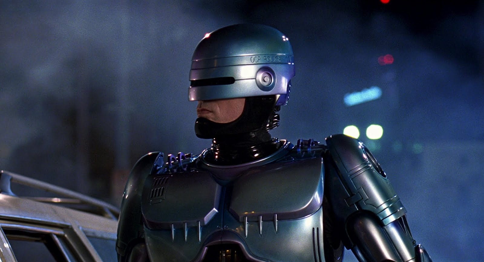 Little Monsters director replaces Neill Blomkamp on RoboCop Returns