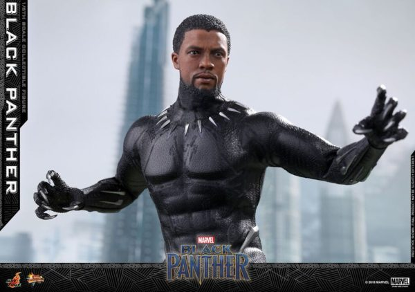 Hot-Toys-Black-Panther-Black-Panther-collectible-figure_PR6_preview-600x422
