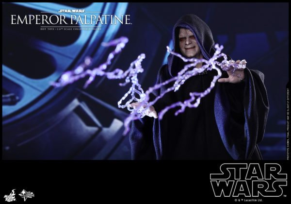 Hot-Toys-SW-Emperor-Palpatine-collectible-figure_PR1-600x420