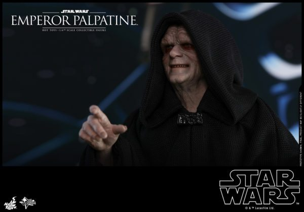 Hot-Toys-SW-Emperor-Palpatine-collectible-figure_PR3-600x420