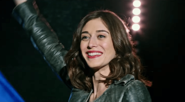 Lizzy-Caplan-Now-You-See-Me-2-trailer-screenshot-600x331