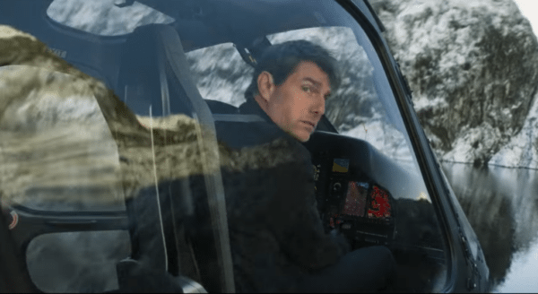 Mission-Impossible-Fallout-stunt-featurette-screenshot-600x328