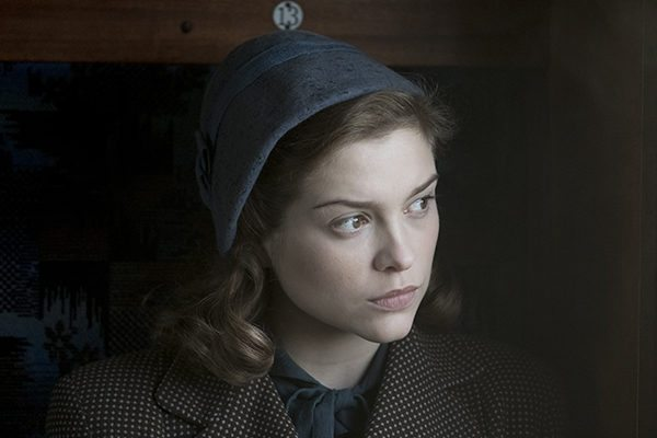 RED-JOAN-Sophie-Cookson-as-Joan-Stanley-Photo-Nick-Wall-Trademark-Ltd-2017-600x400