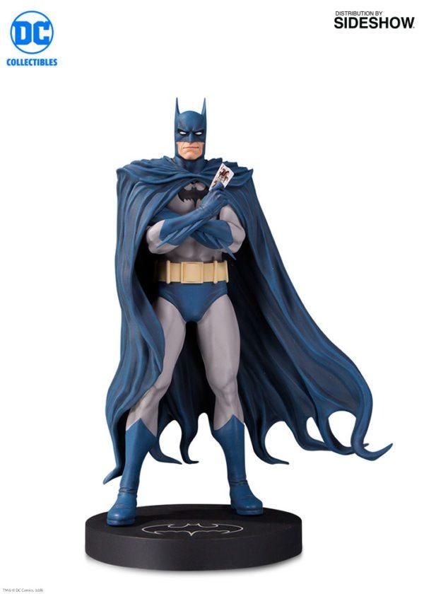 Batman-Designer-series-statue-2-600x840