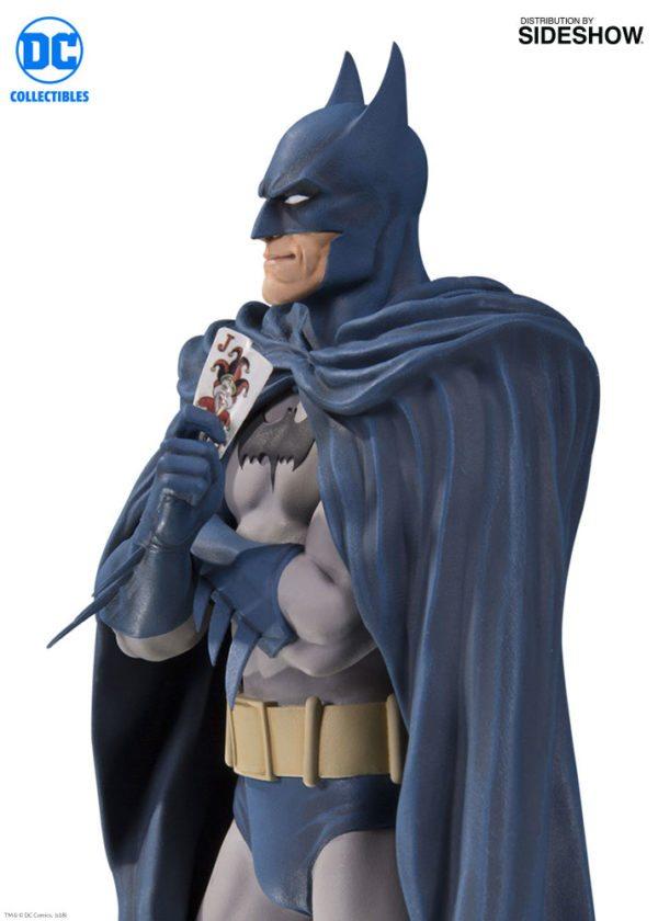 Batman-Designer-series-statue-4-600x840