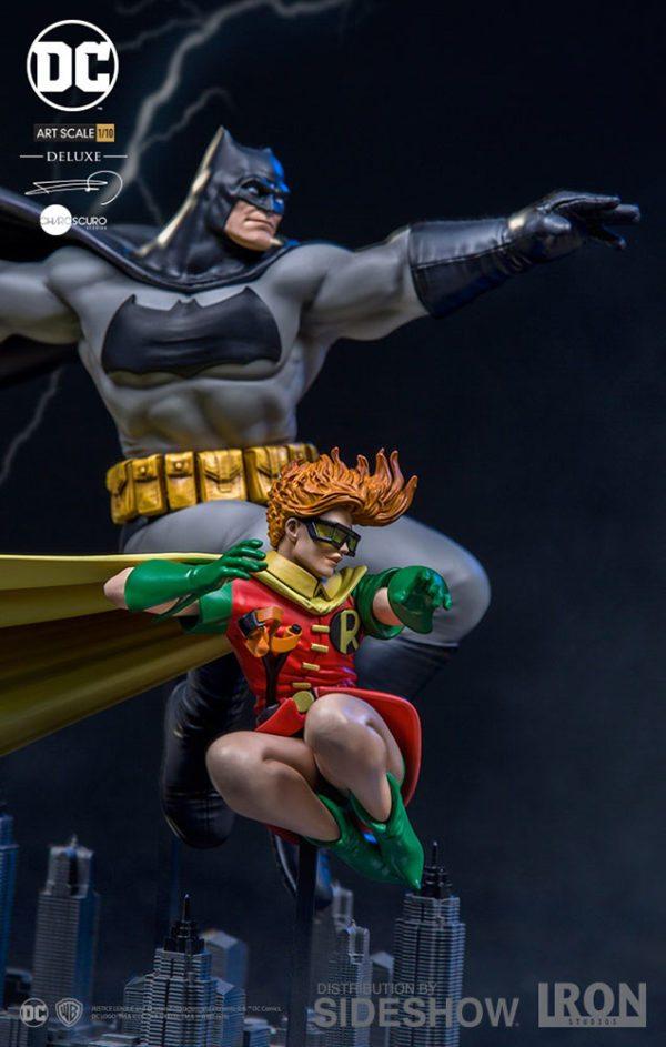 Batman-Robin-Deluxe-Art-Scale-110-Statue-3-600x943