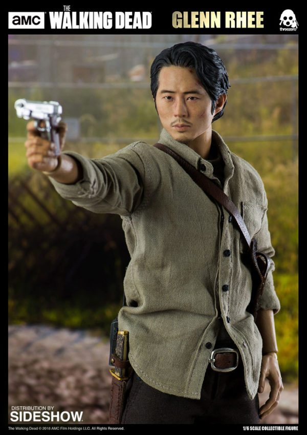 Glenn-Rhee-TWD-figure-4-600x849