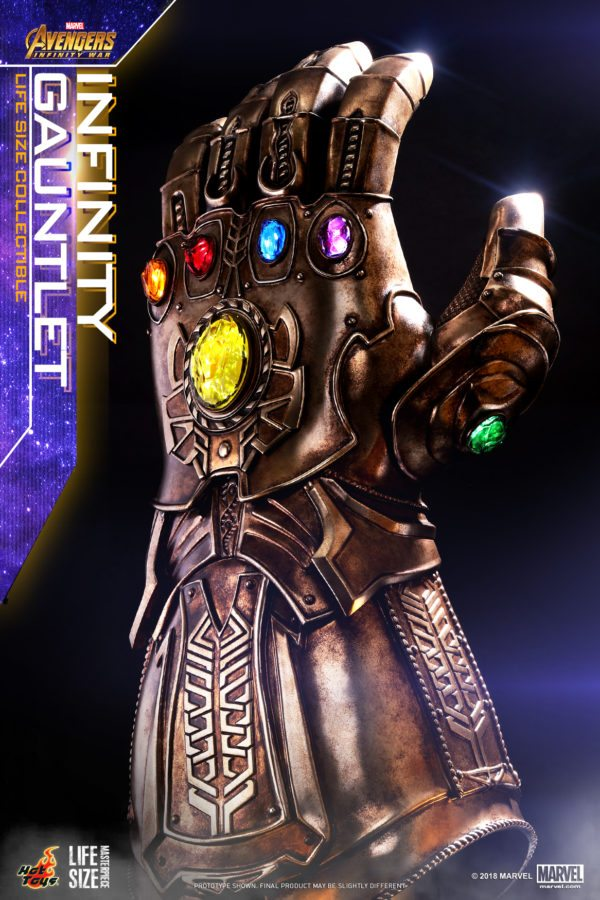 Hot-Toys-AIW-Infinity-Gauntlet-Lifesize-Collectible_PR3-600x900