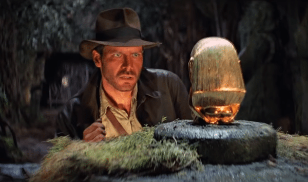 Indiana-Jones-Harrison-Ford-blu-ray-trailer-screenshot-600x354