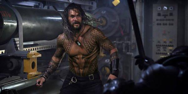 Jason-_Momoa-in-_Aquaman-600x300