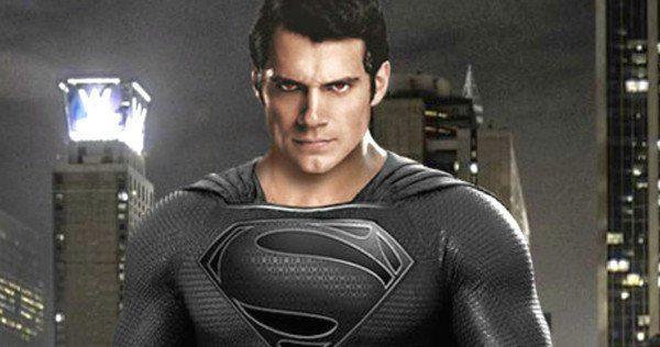 Justice-League-Black-Superman-Costume-Henry-Cavill-600x316