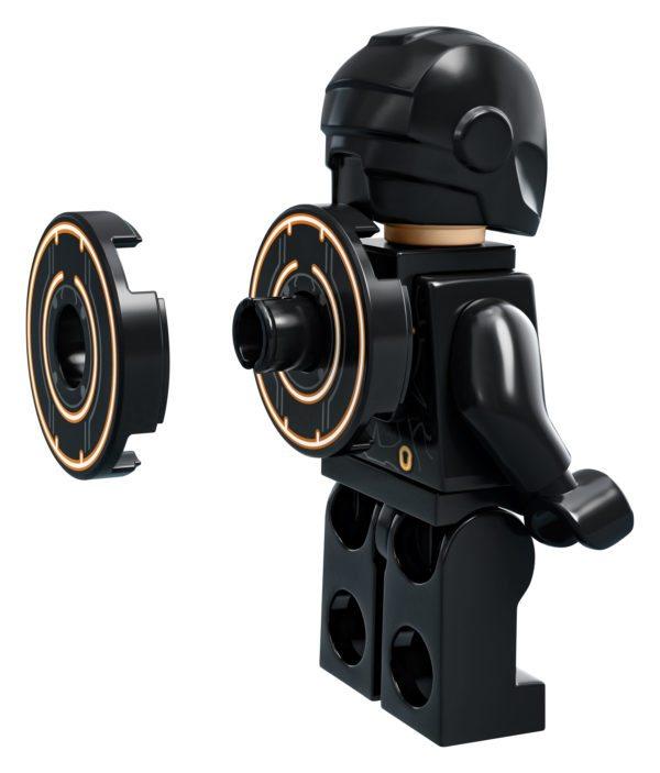 LEGO-Ideas-TRON-Legacy-set-13-600x703