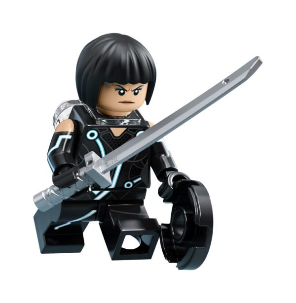 LEGO-Ideas-TRON-Legacy-set-15-600x615