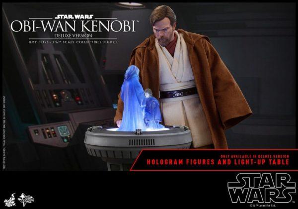 Obi-Wan-Kenobi-Hot-Toys-Revenge-of-the-Sith-deluxe-figure-2-600x420