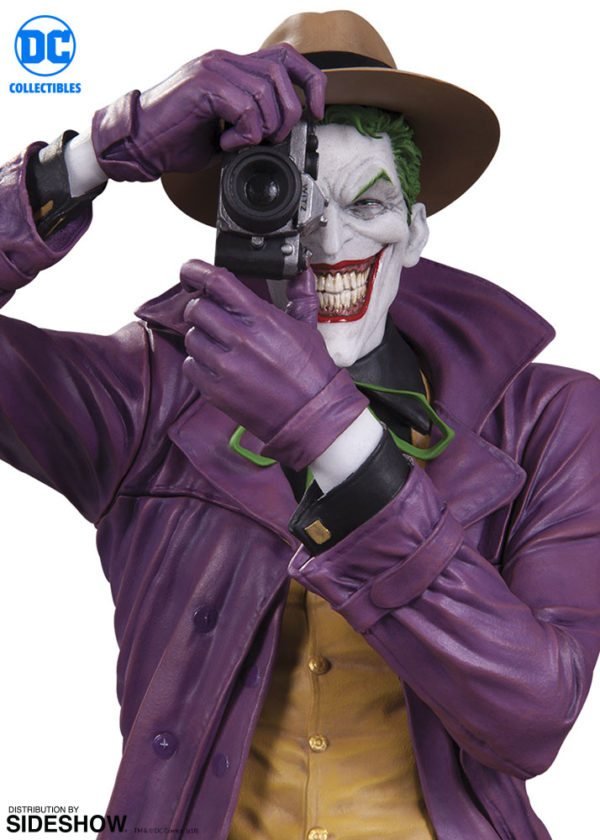 dc-comics-the-joker-statue-dc-collectibles-903459-02-600x840