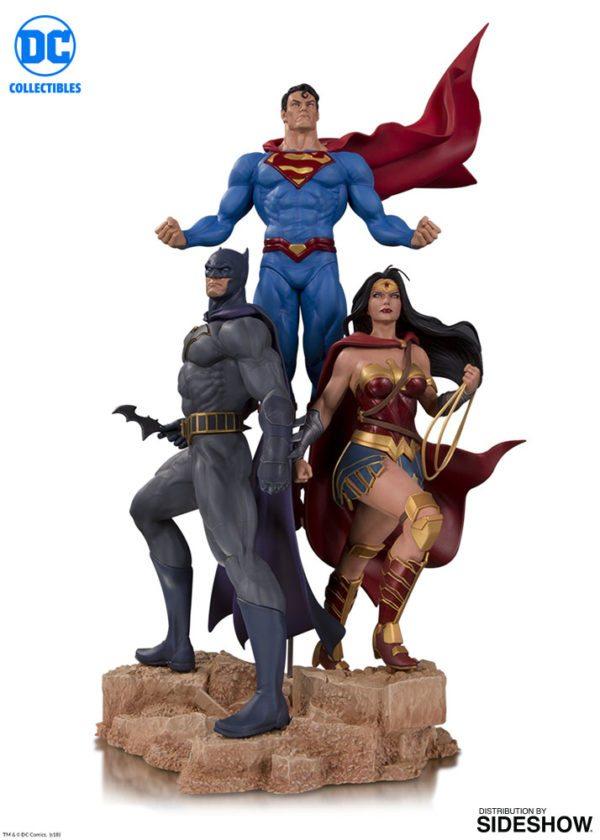dc-comics-trinity-statue-dc-collectibles-903457-01-600x840