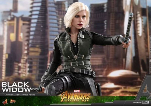 Hot-Toys-AIW-Black-Widow-Collectible-Figure_PR14_preview-600x422