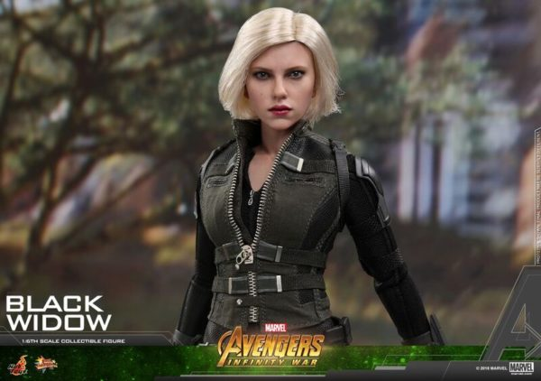 Hot-Toys-AIW-Black-Widow-Collectible-Figure_PR16_preview-600x422