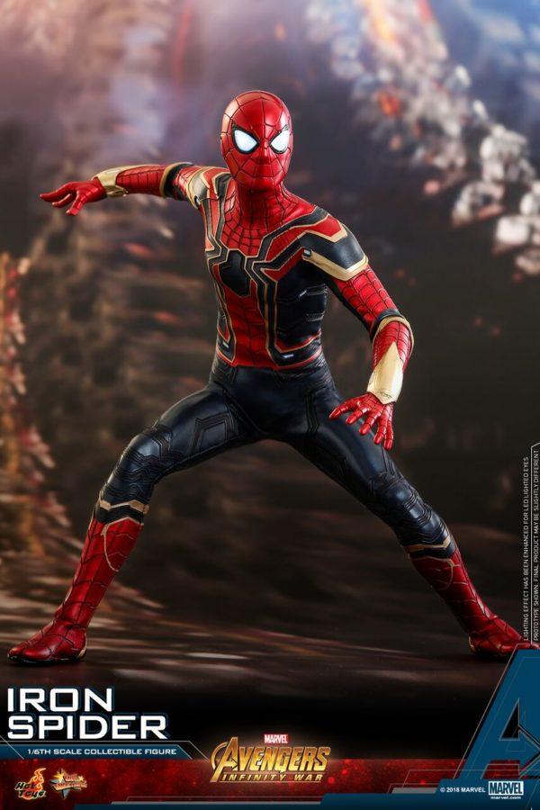 Infinity-War-Iron-Spider-Hot-Toys-5-600x900