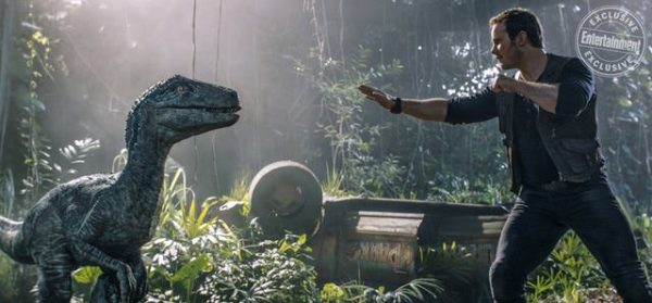 Jurassic-World-Fallen-Kingdom-EW-images-6-600x279