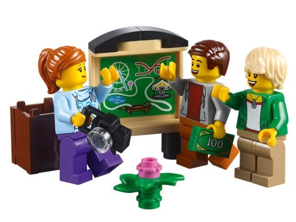 LEGO-Creator-Roller-Coaster-14-600x450