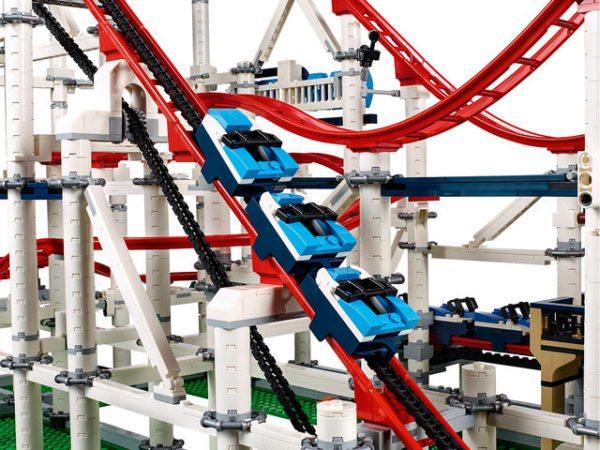 LEGO-Creator-Roller-Coaster-4-600x450