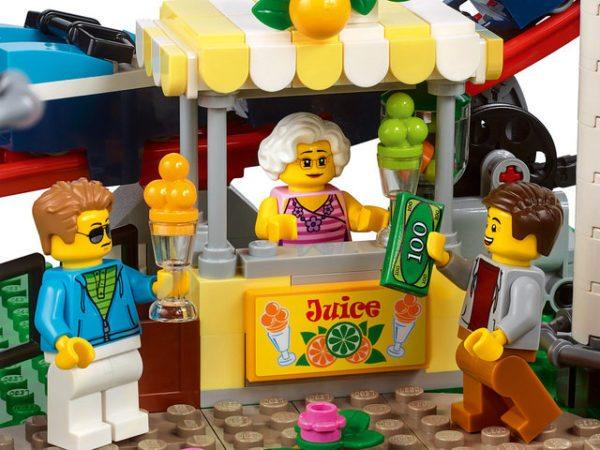 LEGO-Creator-Roller-Coaster-7-600x450