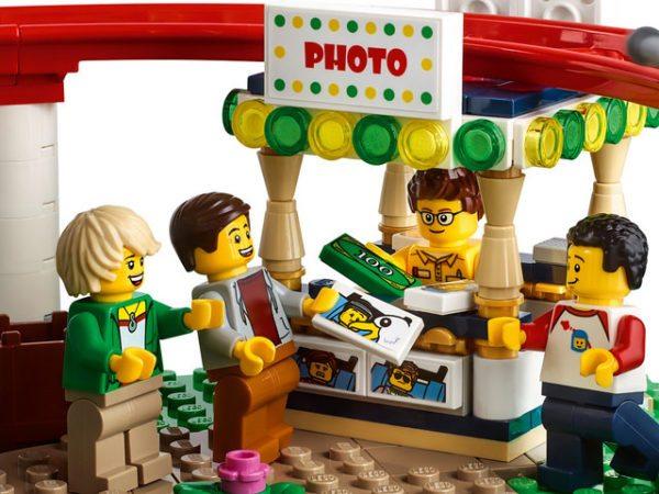 LEGO-Creator-Roller-Coaster-8-600x450