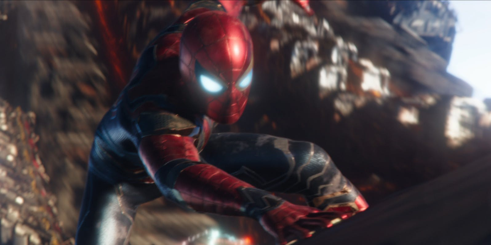 marvels spiderman gets iron spider suit dlc flickering