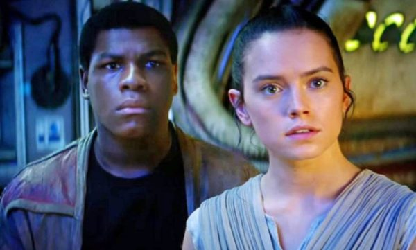 star-wars-the-force-awakens-finn-rey-600x361