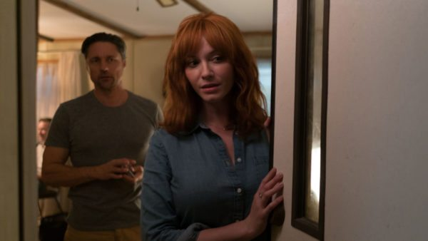 strangers-prey-at-night-christina-hendricks-600x338