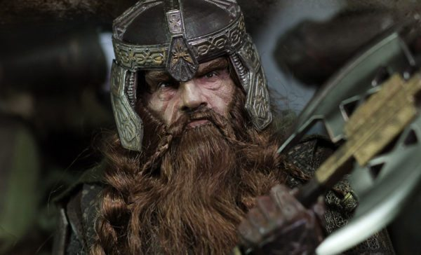 the-lord-of-the-rings-gimli-sixth-scale-figure-1-600x364