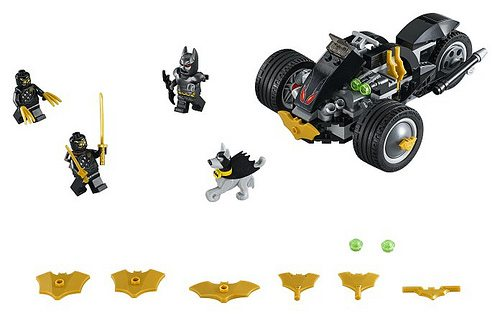 Batman-The-Attack-of-the-Talons-76110