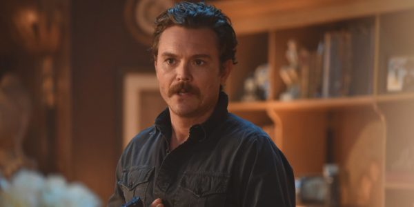 Clayne-Crawford-as-Martin-Riggs-in-Lethal-Weapon-FOX-600x300