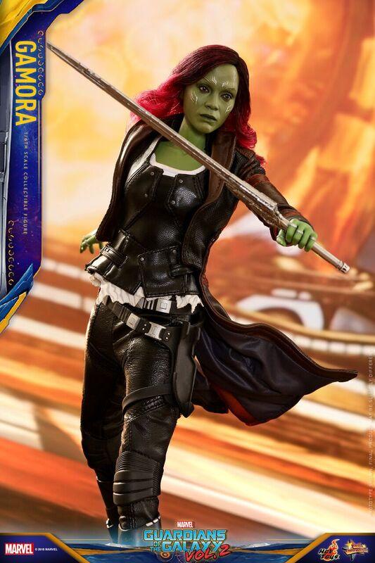GOTG-Vol-2-Hot-Toys-Gamora-figure-4