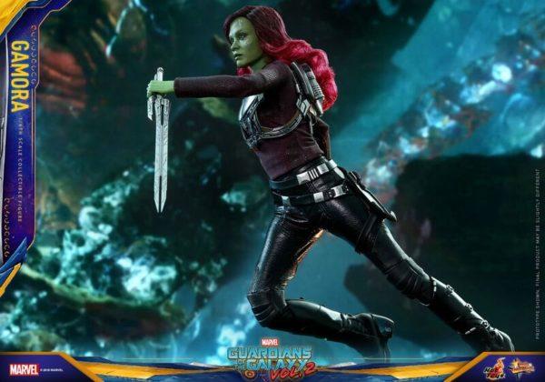 GOTG-Vol-2-Hot-Toys-Gamora-figure-5-600x420