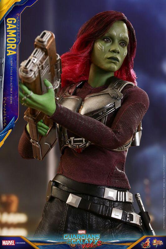 GOTG-Vol-2-Hot-Toys-Gamora-figure-6