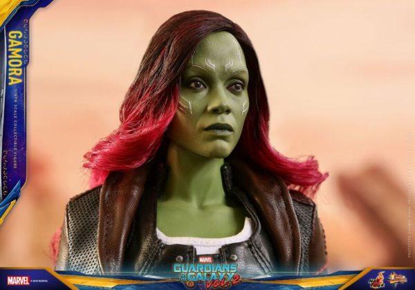 GOTG-Vol-2-Hot-Toys-Gamora-figure-9-600x420