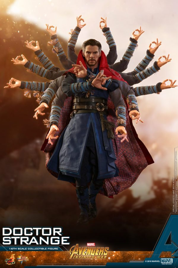 Hot-Toys-AIW-Doctor-Strange-collectible-figure-4-600x900