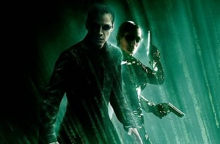 Keanu Reeves and Carrie-Anne Moss featured in latest Matrix 4 set video