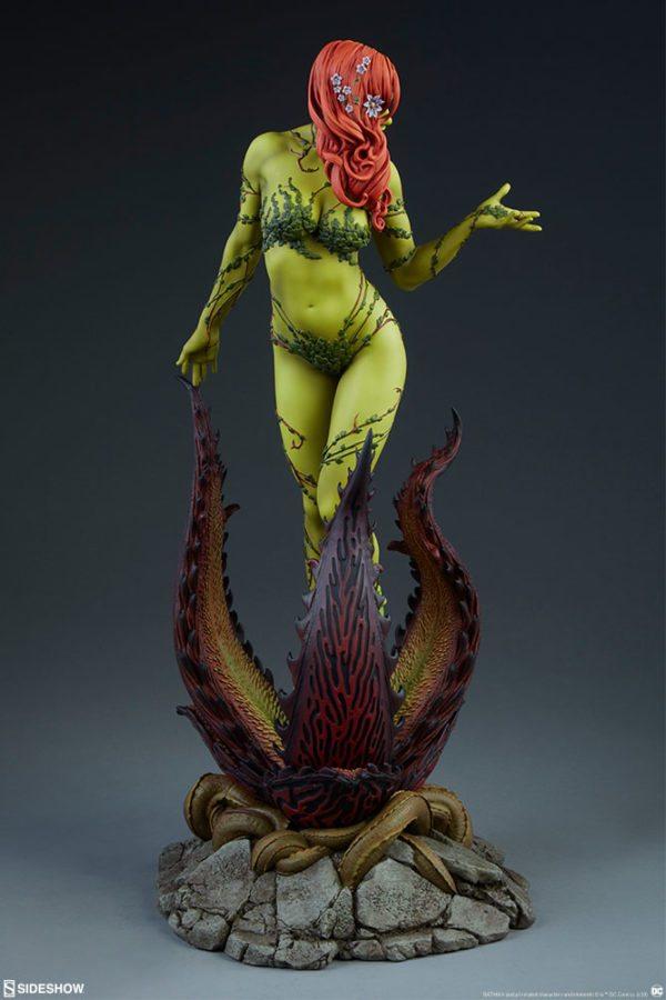 Poison-Ivy-Premium-Format-figure-7-600x900