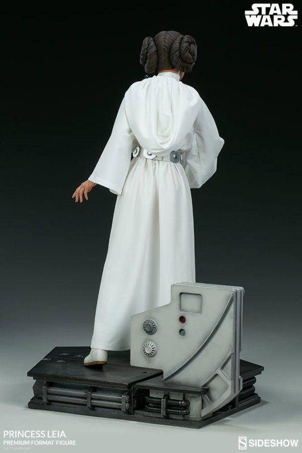Princess-Leia-A-New-Hope-figure-6-600x900