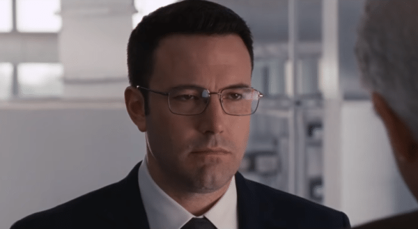 Ben-Affleck-The-Accountant-TV-spot-screenshot-600x329