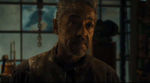 Giancarlo-Esposito-Maze-Runner-screenshot-600x333