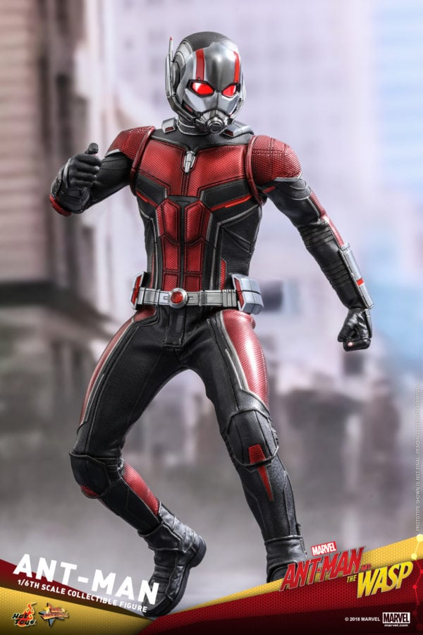 Hot-Toys-Ant-Man-and-The-Wasp-Ant-Man-Collectible-Figure-2-600x900