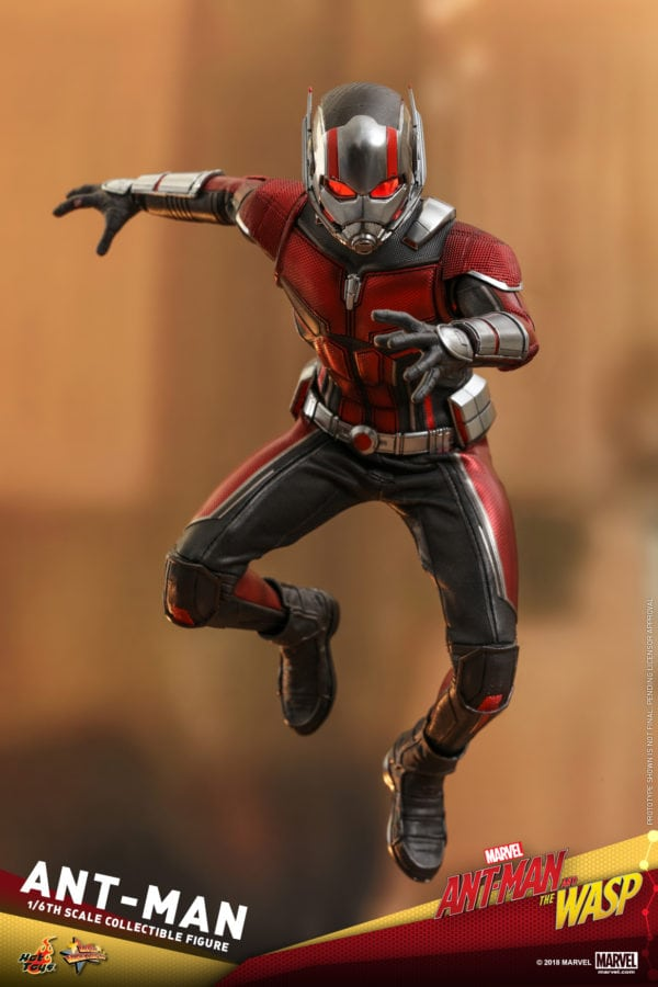Hot-Toys-Ant-Man-and-The-Wasp-Ant-Man-Collectible-Figure-4-600x900