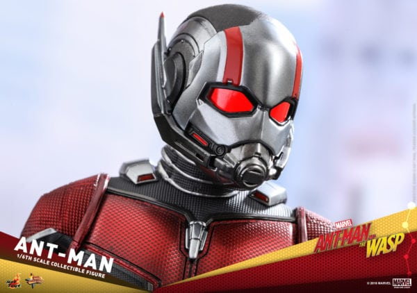 Hot-Toys-Ant-Man-and-The-Wasp-Ant-Man-Collectible-Figure-7-600x422