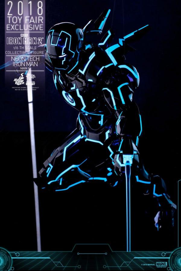 Hot-Toys-Iron-Man-2-Neon-Tech-Iron-Man-Mark-IV-collectible-figure-5-600x900